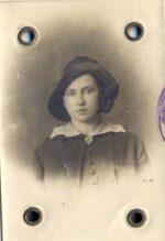 Wanda Polkowska zdjęcie wykonane w Petersburgu (z archiwum Uniwersytetu Warszawskiego)